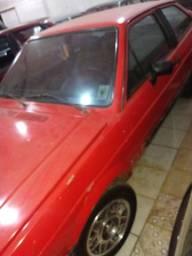 Gol GT pneus novos. 1.8. 1986