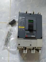 Vendo Disjuntor Schneider 500A