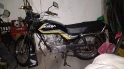 Vende Se Moto Reliquia Original Muito Consevarda Se Estiver Interessado Ligar *