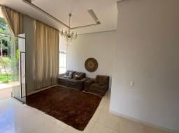 Casa de 460m - com 4 suites - 1 com hidro
