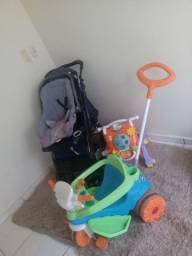 Carinho de bebê andador bebê conforto e motoqueinha
