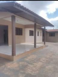 Casa a venda em Iporã PR, rua Jaime Clark 619, com 3 quartos