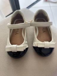 Sapato preto e branco