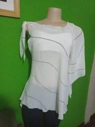 Título do anúncio: Blusa em Crepe Branca - Tamanho M