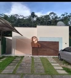 Belíssima casa No cond. Nascente do Taruama.