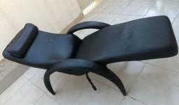Poltrona reclinável. Muito confortável  de corino preto. Retirar Santa Rosa Niterói,  RJ