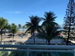 Título do anúncio: Lindo 2 quartos de frente para praia da Barra(Posto 4) - Vista para o Mar