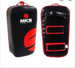Aparador de chutes MKS adidas novo