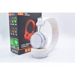Fone de Ouvido Bluetooth Micro SD FM B05