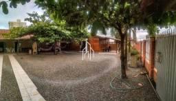 Casa com 3 dormitórios à venda, 88 m² por R$ 800.000 - Centro - Penha/SC