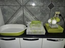 Jogo de cozinha em porcelana