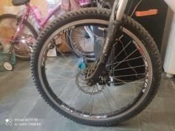 Título do anúncio: Vendo ou troco Bike aro 26 por aro 29