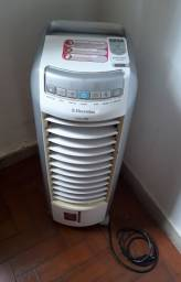 Vendo ventilador e modificador.