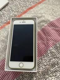 iPhone 07 em estado de novo