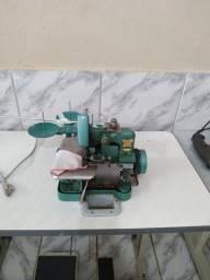 Título do anúncio: Máquina de costura orvelok