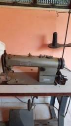 Maquinas de costura. Reta e overloque