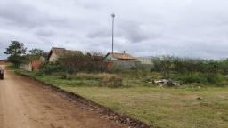 TERRENO PRONTO PARA CONSTRUIR COM TAMANHO DE 2 LOTES 718 m².