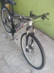 Bicicleta aro 29 tamanho 19