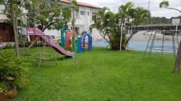 Alugo ótima casa duplex, na Lagoa, em condomínio, com 04 dormitórios