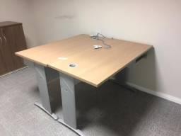 Mesa / Estação de Trabalho Individual