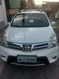 Vende-se Nissan livina - 2014