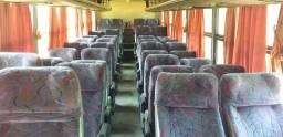 Vende-se bancos de ônibus