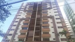 8258 | Apartamento à venda com 3 quartos em Maringá