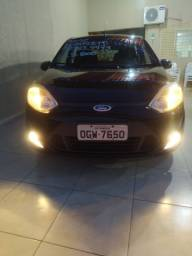 Fiesta 1.6 completo 12/12 R$19800