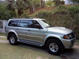 Pajero Sport GLS 2001