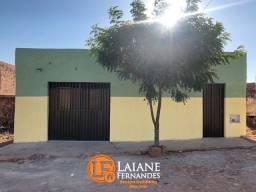 Casa à Venda com 02 Quartos sendo 01 Suíte, no bairro São José, Juazeiro do Norte-CE