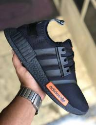 Tênis Adidas (Novidade)