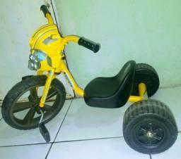 Triciclo Velotrol - Transformers - Bumblebee