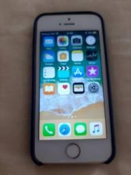 Vendo iphone 5s na caixa novo