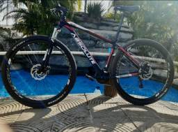 Vende-se uma bike própria pra pedal