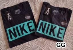 Camisa e camiseta