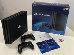 PS4 Pro 1 TB + 2 controles + 11 jogos (Com detalhe)
