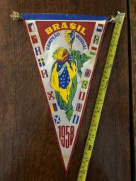 Vendo Compro Flâmulas Antigas de Futebol Brasil Grêmio Internacional