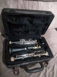 Título do anúncio: Vendo clarinete.