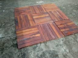 Pisso de madeira mista 4 metro em perfeito estado