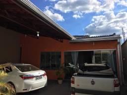 Vende -se está casa no Barrio nova Carajas