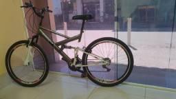 Bike nova, aceito troca num de aro 29.