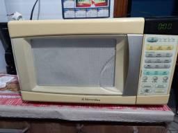 Micro-ondas 110 vendo 200 reais