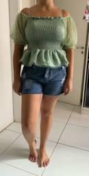 Blusa babado simples cor verde