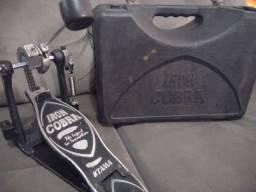 Vendo pedal single Tama Iron cobra com case