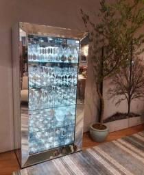 Cristaleiras Espelhadas