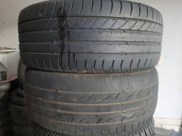 2 pneus 215/50/17 por 150,00 Reais