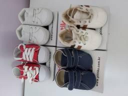 Vendo 4 pares de sapatinhos menino infantil 18