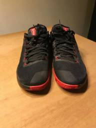Nike Zoom Hyperdunk Black/red Original Usado 44