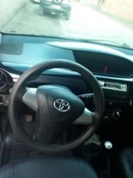 Carro Etios da toyota $25.500 - 2013