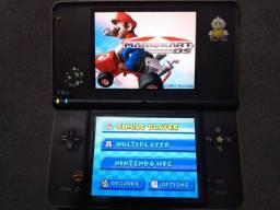 Nintendo DSi XL - 1000 jogos